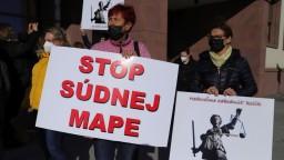 Nepresvedčili ste nás, odkazujú protestujúci ministerke Kolíkovej