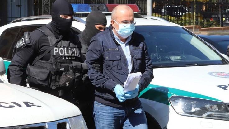 Exšéfa štátnych hmotných rezerv Kajetána Kičuru prepustili z väzby