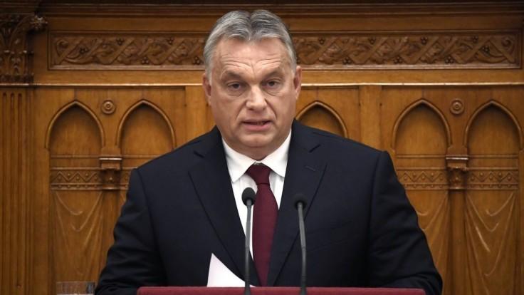 Je to oficiálne. Maďarsko zverejnilo odvolanie nariadenia o nákupe pôdy v zahraničí