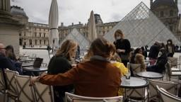 Francúzi majú obavy. Výnimočný stav chcú predĺžiť do konca júla budúceho roka