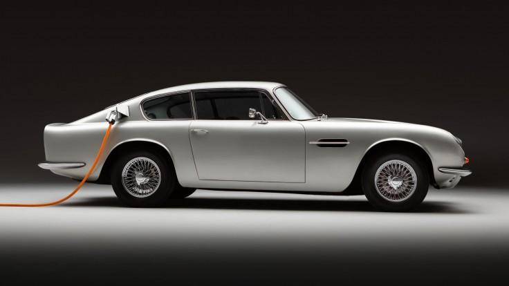 Aston Martin DB6 dostal elektrické srdce. Benzín už do neho nenatankujete