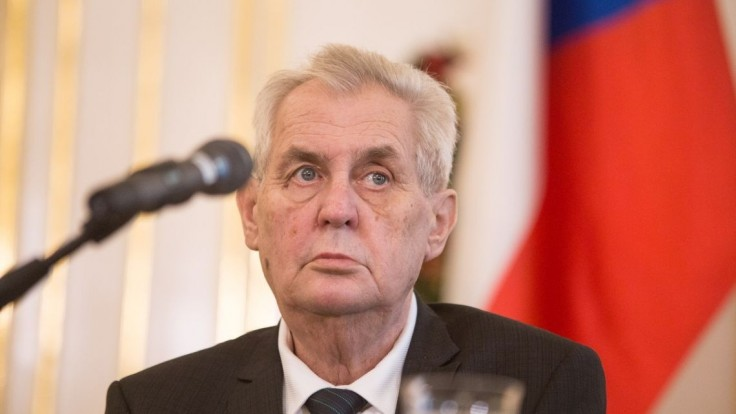 Zeman sa má za svoje výroky ospravedlniť vnučke novinára, rozhodol Najvyšší súd