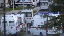 Rusko hlási za deň vyše tisíc obetí po prvý raz od začiatku pandémie