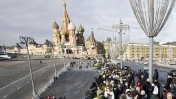 Očkovanie v Rusku ide pomaly, priznáva Kremeľ. Príčinu vidí v občanoch