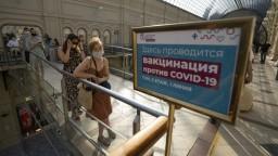 Rusko má už piaty deň rekordný počet úmrtí, zavádzajú nové opatrenia