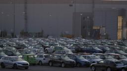 Zamestnanci českej automobilky môžu prísť o svoje miesto, dôvodom je očkovanie