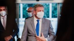Lengvarský považuje situáciu v nemocniciach za stabilnú, kritiku od Matoviča nekomentoval