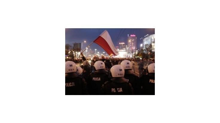 Varšavou pochodovali extrémisti, mnohí skončili v putách