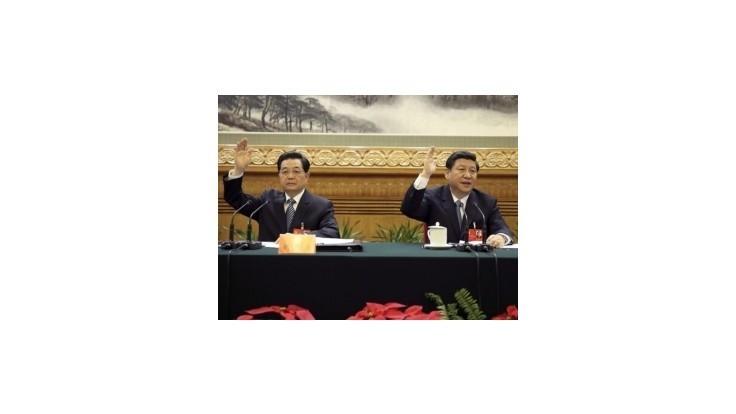 Čínsky prezident uvoľnil cestu svojmu nástupcovi