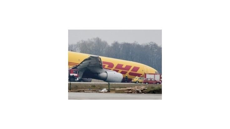 V Bratislave havarovalo lietadlo, bol v ňom aj rádioaktívny materiál