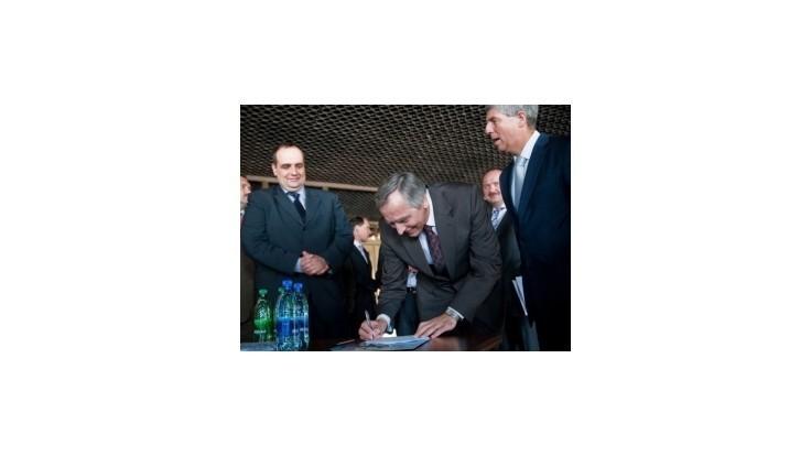 Lídri Ľudovej platformy podpísali memorandum o zodpovednosti