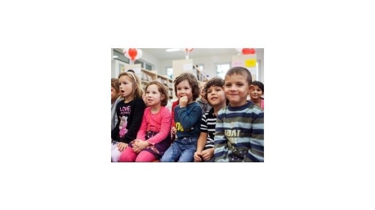 Od januára sa zvýšia prídavky na deti aj rodičovský príspevok