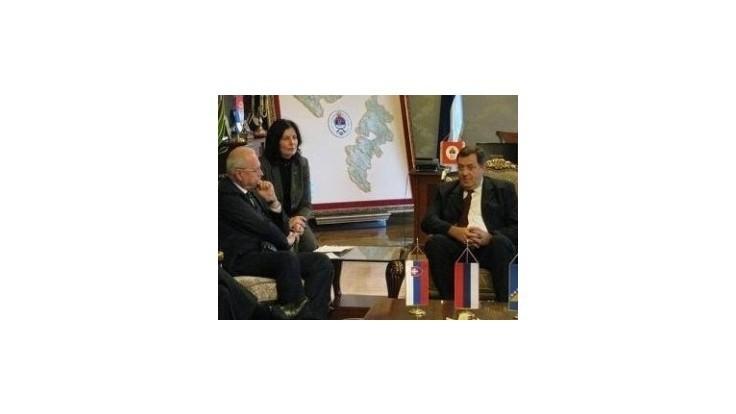 Veľvyslanec v Bosne si pre Gašparovičove slová vypočul kritiku