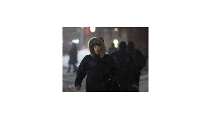 Rusko a Pobaltsko bojujú so snehovými kalamitami