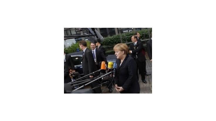 Merkelová pripúšťa veľkú koalíciu