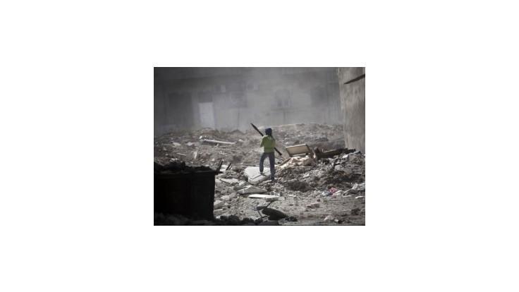 Sýrska opozícia tvrdí, že povstalci dobyli strategické mesto pri Turecku