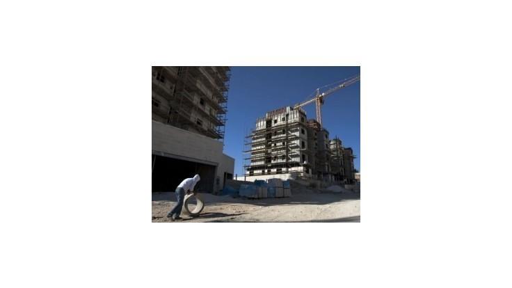 Izrael zmierňuje blokádu, obyvateľom dovolí štrk