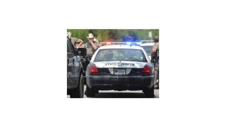 Polícia zatkla ženu, ktorá poskytla zbrane páchateľovi útoku na hasičov