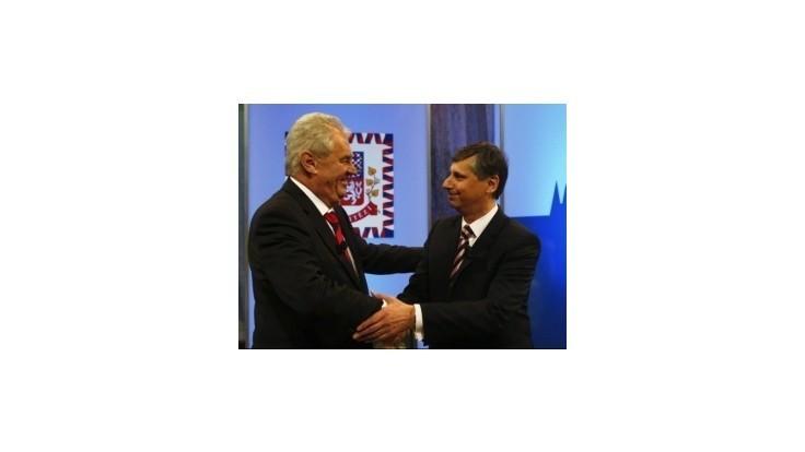 Prvú prezidentskú debatu vyhral Zeman