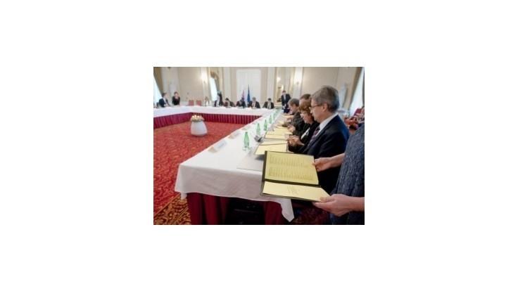 Rokovanie vlády: Výsluhové dôchodky a nové pravidlá pre obstarávanie