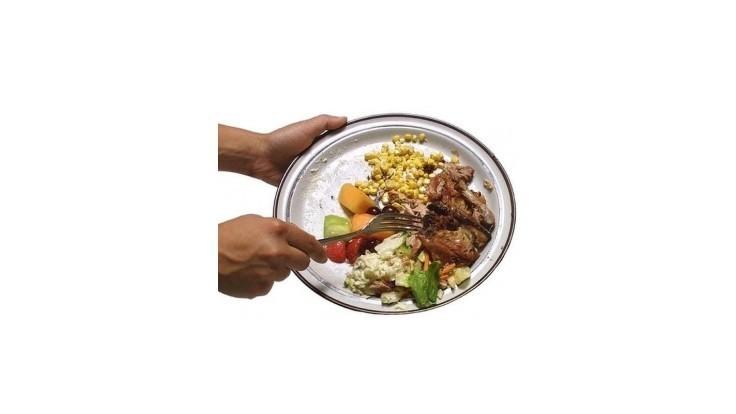Vyhadzujeme priveľa jedla, tvrdia britskí vedci