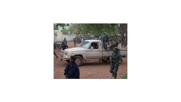 V Mali sa bojuje, na pomoc prišla francúzska armáda
