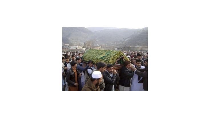 Pakistan: Šiiti nechcú pochovať mŕtvych, žiadajú demisiu vlády