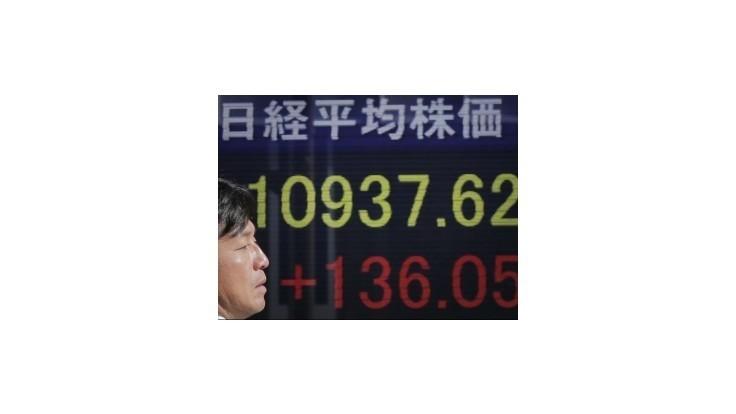 Tokio chce dohodu o raste ekonomiky s centrálnou bankou