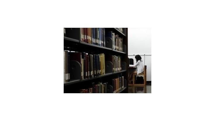 Šéfka národnej knižnice žaluje svojho predchodcu