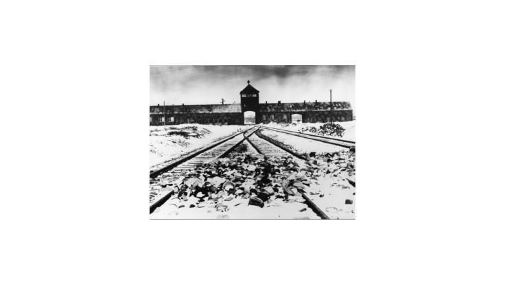 Svet spomína na obete holokaustu