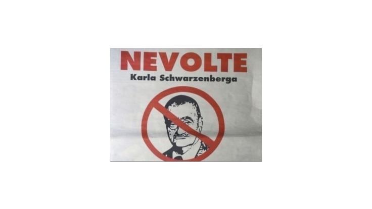 Kolegovia sa sťažujú na advokáta, autora inzerátu proti Schwarzenbergovi