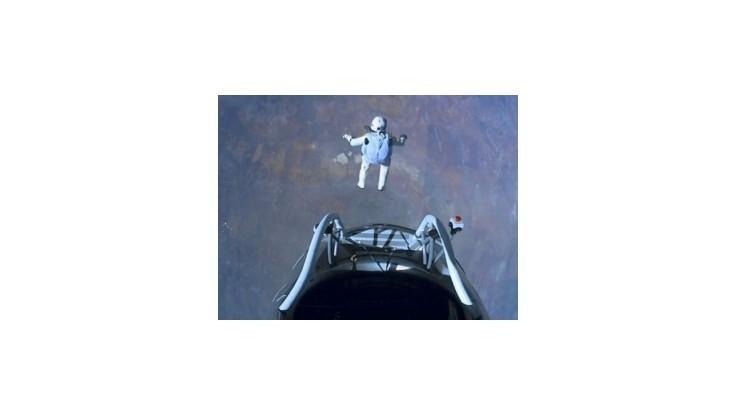 Baumgartnerov zoskok zo stratosféry bol ešte rýchlejší
