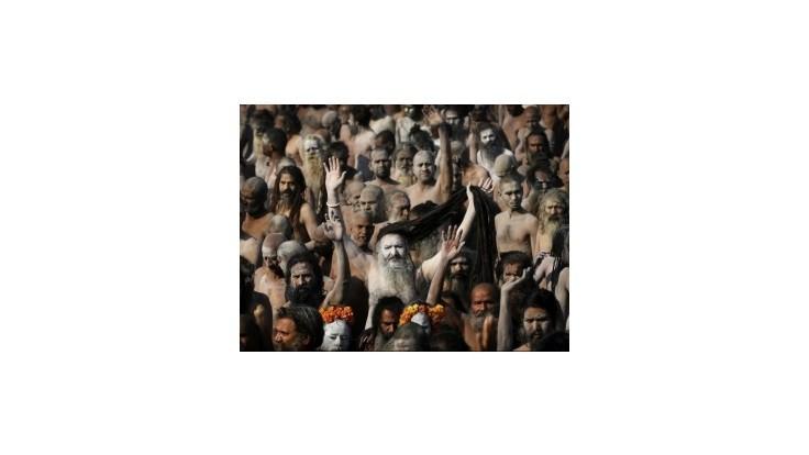 Milióny hinduistov si v Gange zmývajú hriechy