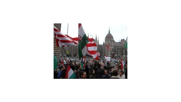 Maďarskí pedagógovia budú štrajkovať, nedohodli sa s vládou