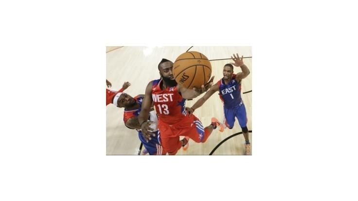 Zápas hviezd NBA v znamení Jordanovej päťdesiatky vyhral Západ