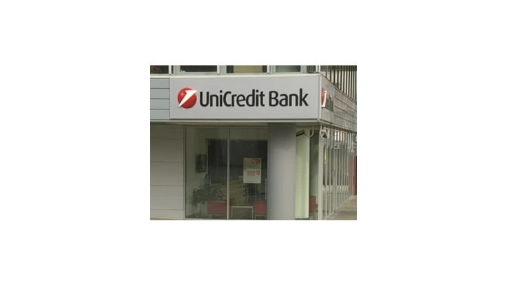 UniCredit zatvorí ešte 10 % pobočiek