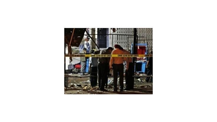 Výbuchy na juhu Indie si vyžiadali 15 obetí a viac ako stovku ranených