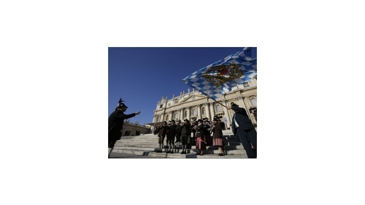 Benedikt XVI. poďakoval veriacim za podporu