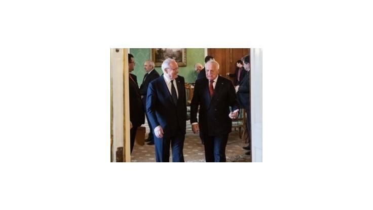 Gašparovič s Klausom sa stretnú v Brne, aby si odovzdali vyznamenania
