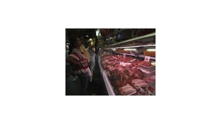 Poľský mäsokombinát údajne spracovával pokazené mäso