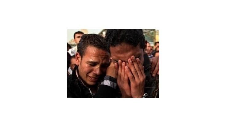 Súd potvrdil 21 trestov smrti za násilnosti na futbale v Port Saide