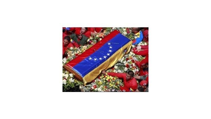 Venezuela začne vyšetrovať obvinenie, že Chávezovu rakovinu spôsobila otrava