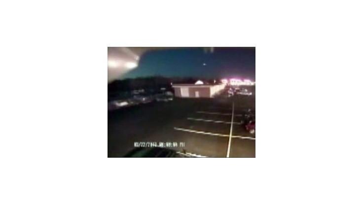 Svetelný úkaz nad východným pobrežím USA bol zrejme samostatný meteor
