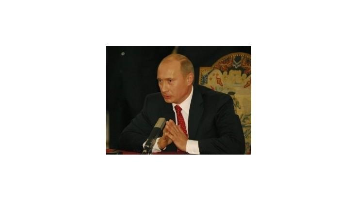 """Putin obnovuje čestný titul """"Hrdina práce"""""""
