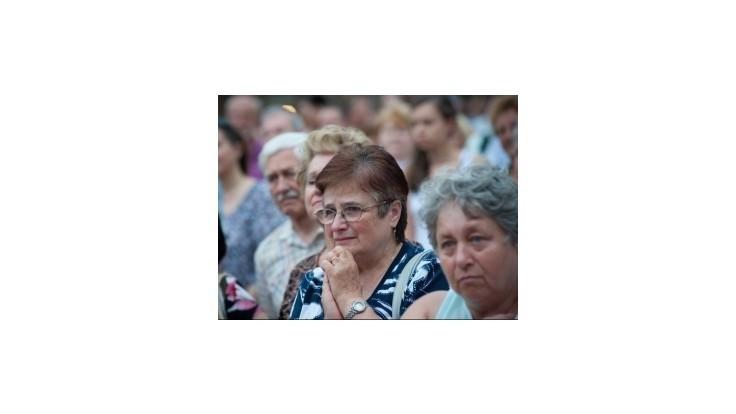 Veriaci sa chcú modliť pred nunciatúrou za Bezáka