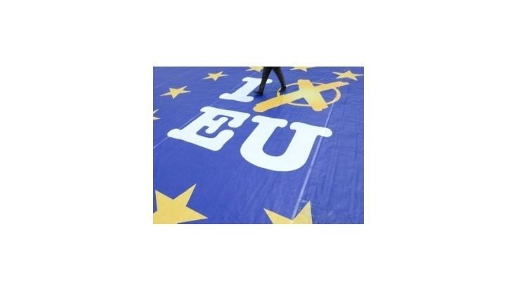 Strana Právo a spravodlivosť napadla na Ústavnom súde platnosť eurovolieb