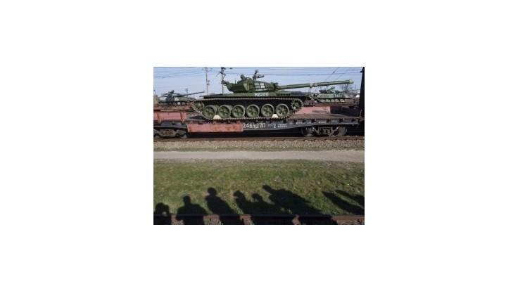 Ruské tanky prekročili spoločnú hranicu, tvrdí Kyjev