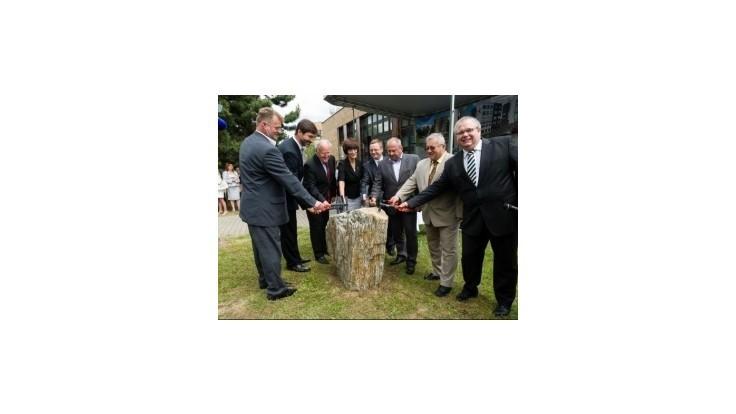 Žilinská univerzita začala stavať vedecký park a výskumné centrum