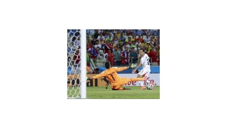 Futbalisti Uruguaja nezvládli rolu favorita a prehrali s Kostarikou