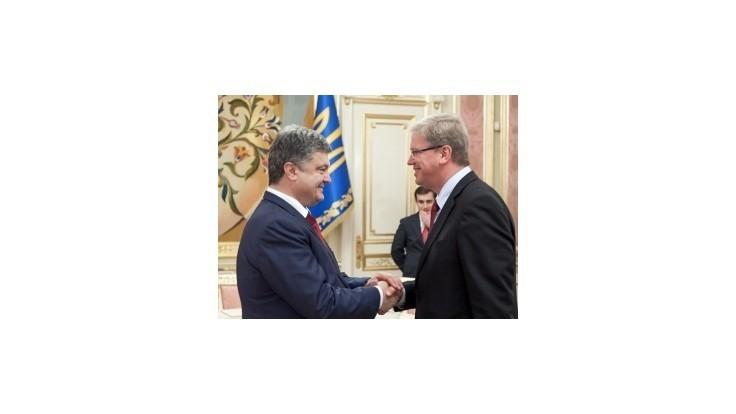 Porošenko potvrdil termín podpisu asociačnej dohody s EÚ